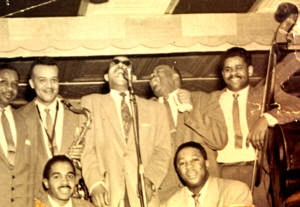 Al Hibbler with the King Kolax group (before 1954)